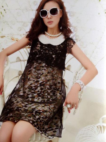 白筱雅女装产品图片