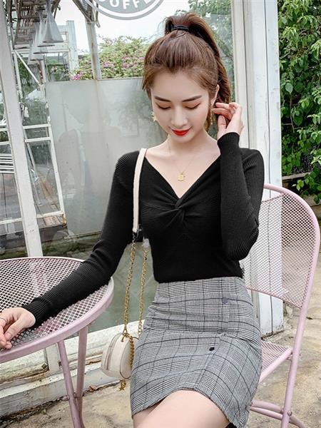 MKIOA女装产品图片