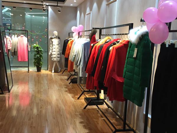 阿莱贝琳女装店铺展示
